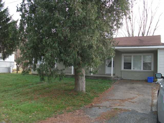 9 2nd St, Mill Hall, PA 17751