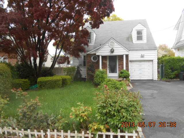 857 Colonial Ave, Union, NJ 07083