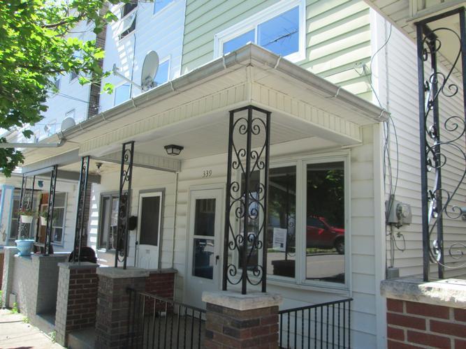 339 E 7th St Mount Carmel, PA 17851