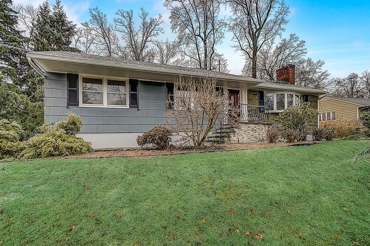 14 KNOLLWOOD DR, Caldwell, New Jersey