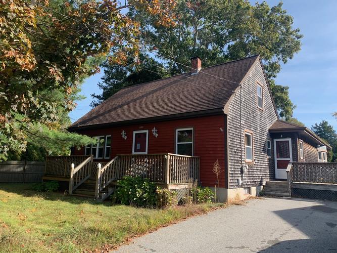 1262 CHURCH ST, Acushnet, Massachusetts