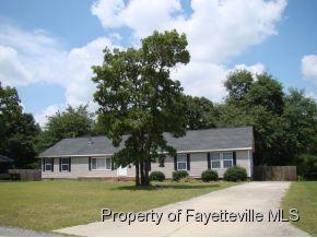 125 Hillcreek Dr, Parkton, NC 28371