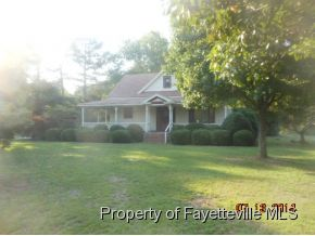 311 N Fayetteville St, Lumber Bridge, NC 28357