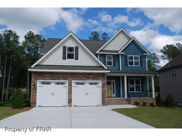 98 Valley Brook Ln, Spring Lake, NC 28390