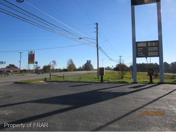W Carthage Rd, Lumberton, NC 28360