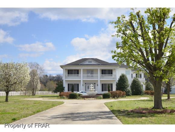 1860 Armory Rd, Parkton, NC 28371