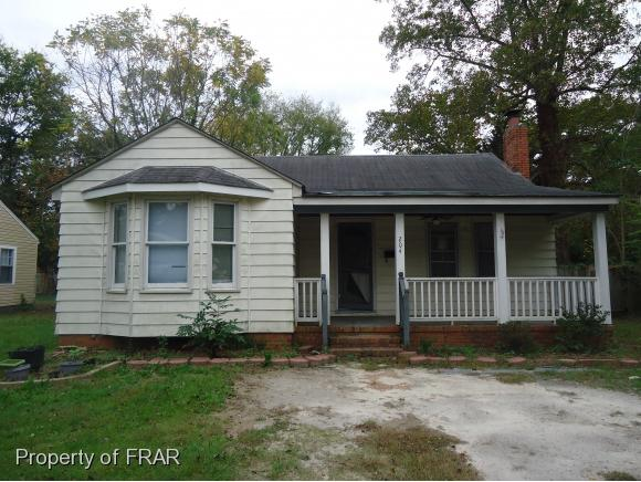 Photo of 204 CIRCLE COURT  FAYETTEVILLE  NC