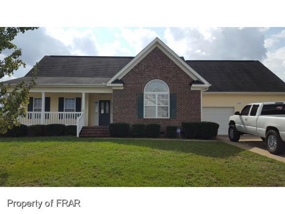 1421 Thoroughbred Trl, Parkton, NC 28371