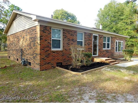 Photo of 410 VARDAMAN COURT  HOPE MILLS  NC