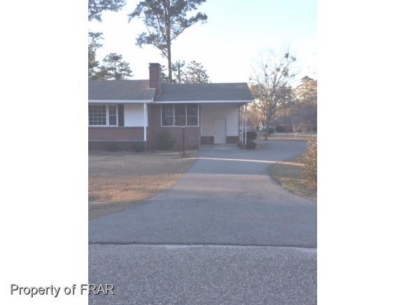 200 Johnson Ave, Elizabethtown, NC 28337