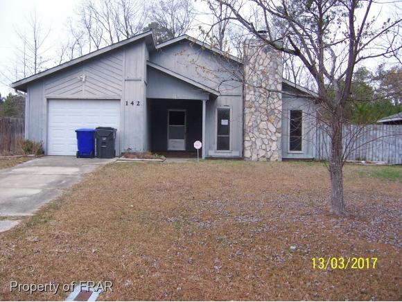 Photo of 142 MARANTHA  CIR  SPRING LAKE  NC