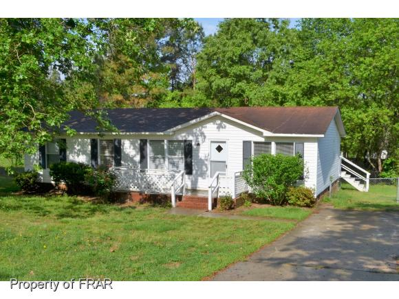 Photo of 1017 DUNVEGAN DR  RAEFORD  NC