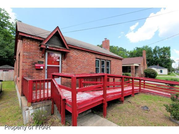 Photo of 1505 PINE ST  LUMBERTON  NC