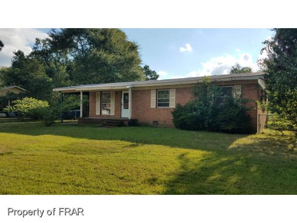 Photo of 618 GOODYEAR DR  SPRING LAKE  NC