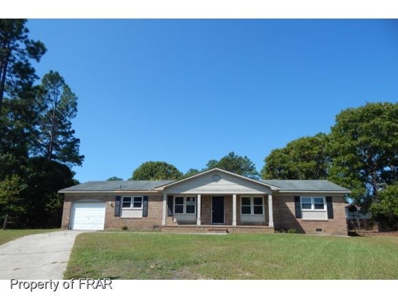 Photo of 320 NUGGET CT  FAYETTEVILLE  NC