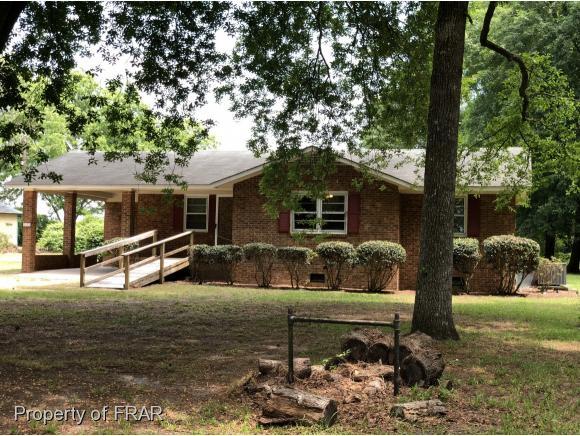 1612 Minnie Hall Road Autryville, NC 28318
