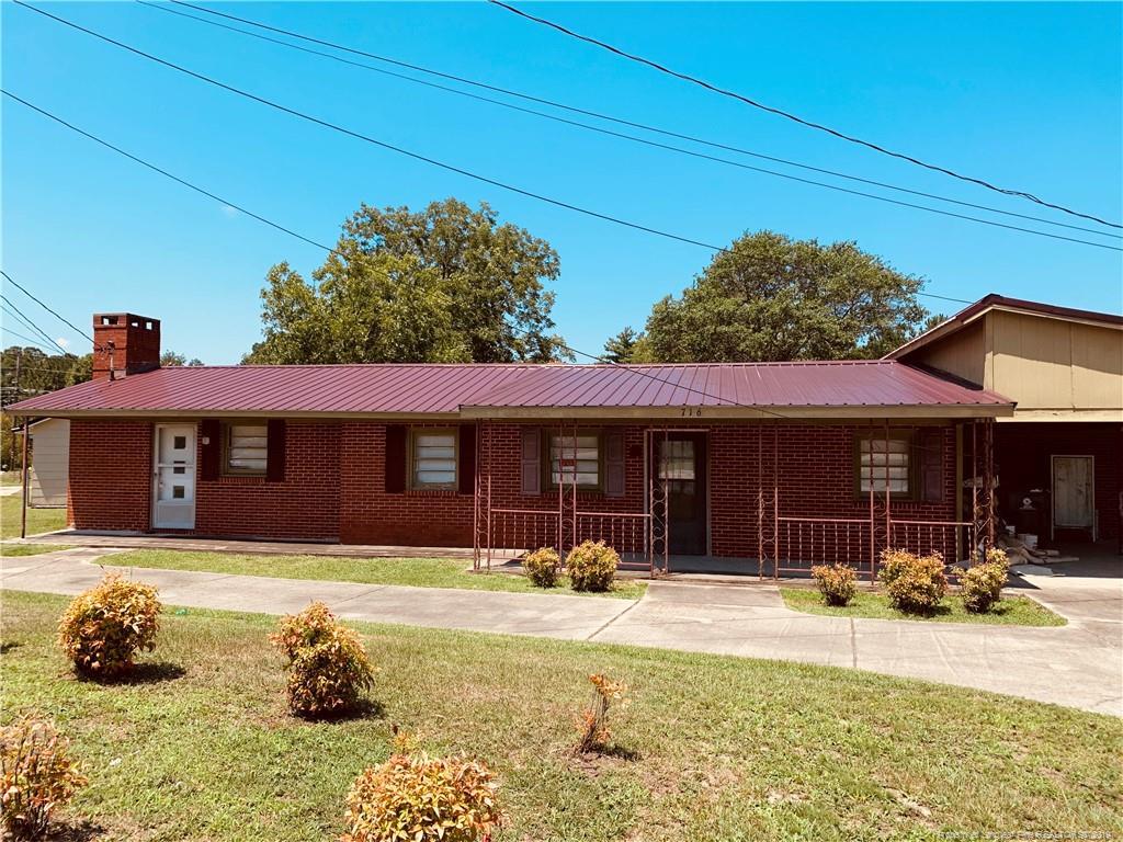 716 Eva Circle, Fort Bragg, North Carolina
