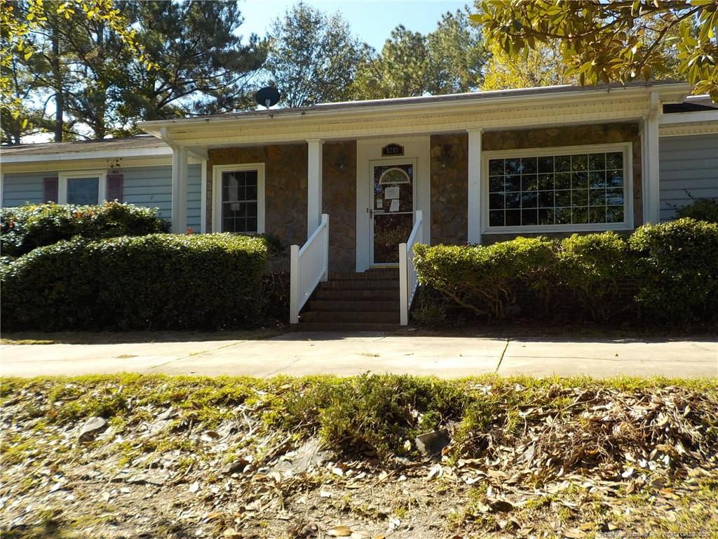 5701 Ederton Court, Fayetteville in Cumberland County, NC 28304 Home for Sale