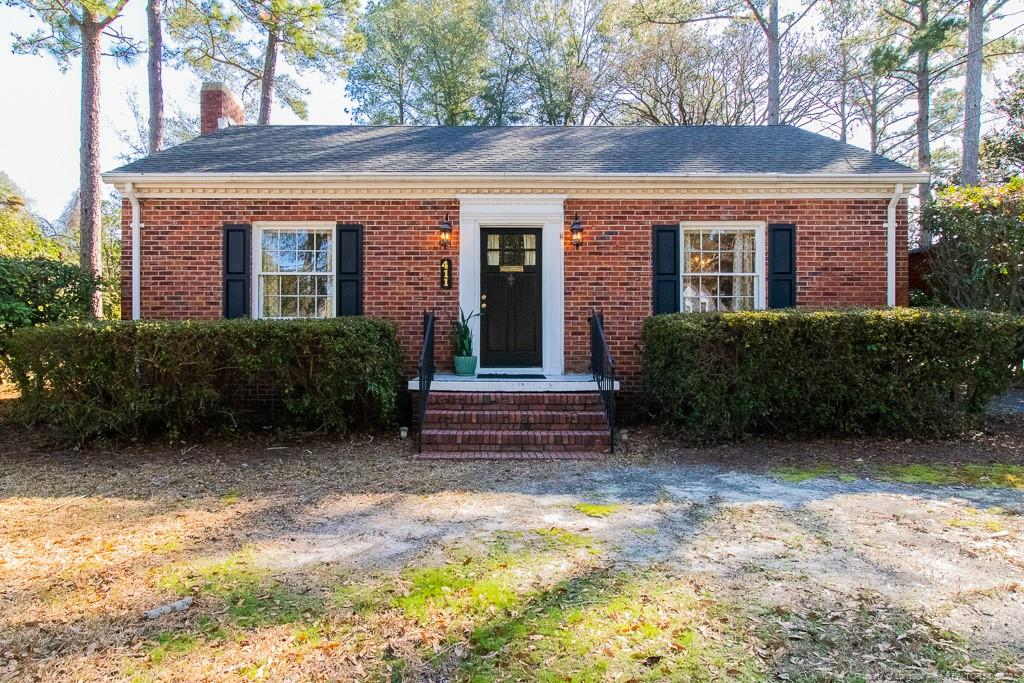411 Vista Drive, Fayetteville in Cumberland County, NC 28305 Home for Sale