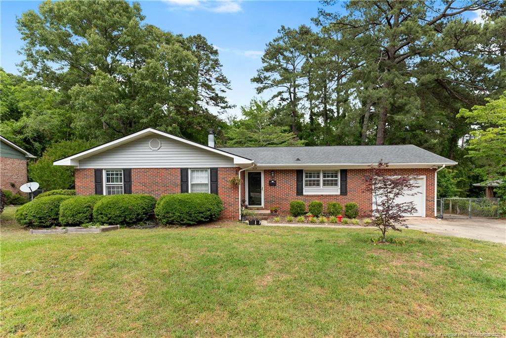 1409 Marlborough Road, Fayetteville in Cumberland County, NC 28304 Home for Sale
