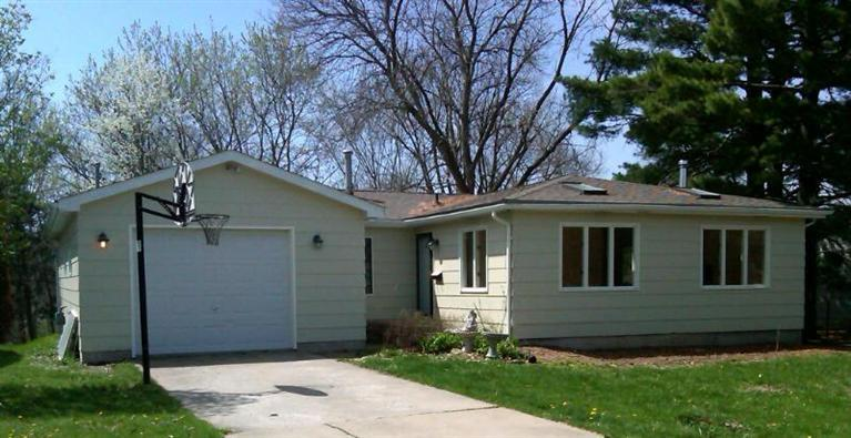 808 West Taylor, Fairfield, IA 52556 listhub For Sale
