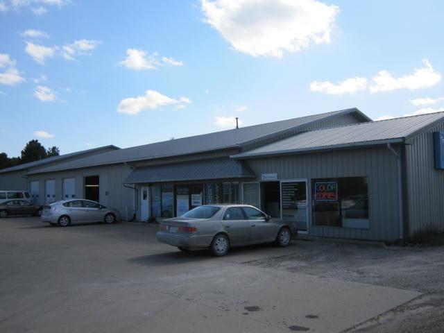 Image of Acreage for Sale near Fairfield, Iowa, in Jefferson county: 1.68 acres
