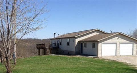 Image of Residential for Sale near Fairfield, Iowa, in Jefferson county: 28.00 acres