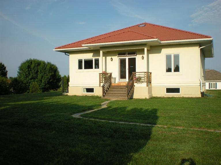 Real Estate for Sale, ListingId: 28044790, Fairfield,IA52556