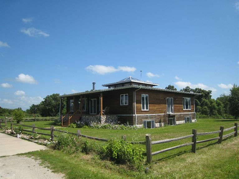 Real Estate for Sale, ListingId: 34347389, Fairfield,IA52556