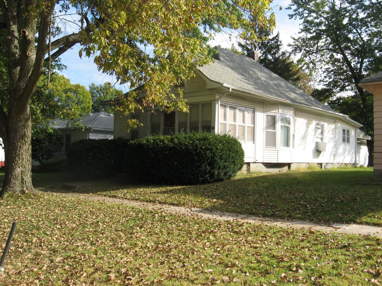 703 S 3rd St, Fairfield, IA 52556