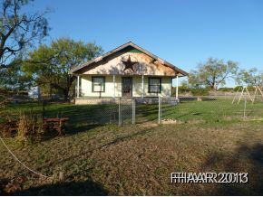 Photo of 4062 N US Highway 281  Lampasas  TX