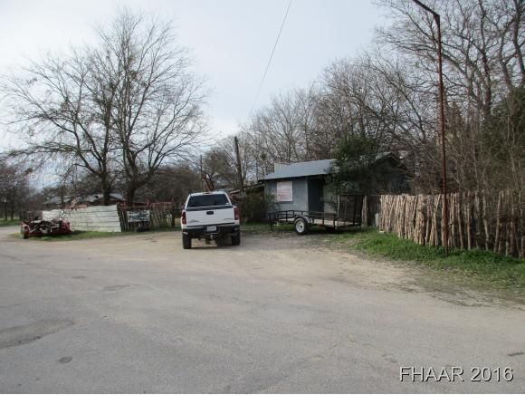 504 S Hackberry St, Lampasas, TX 76550