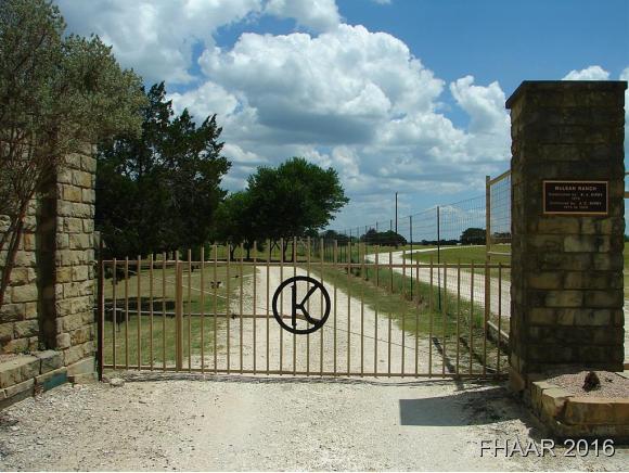Photo of 1323 County Road 1508  Lometa  TX