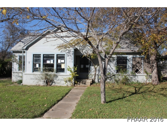 Photo of 1709 Saunders Street  Gatesville  TX
