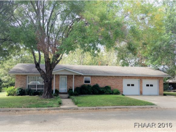 Photo of 1406 Ave F  Moody  TX