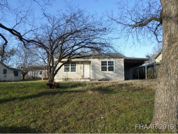 Photo of 205 E Leon Street  Gatesville  TX