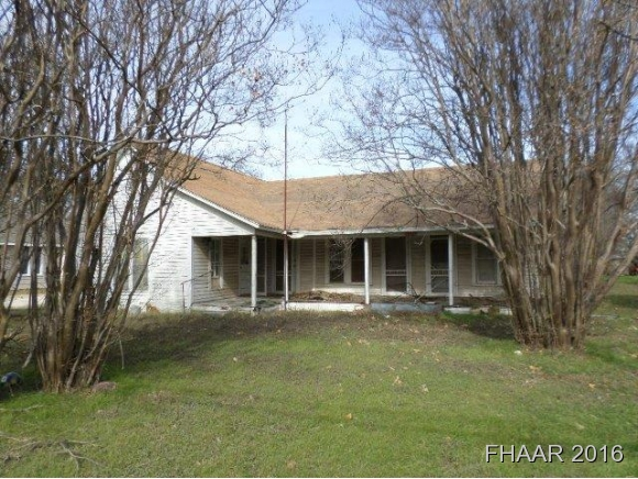 Photo of 2213 Bridge Street  Gatesville  TX