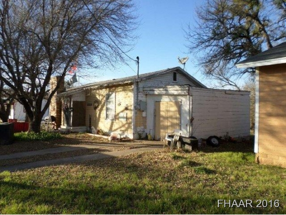 Photo of 503 Saunders Street  Gatesville  TX