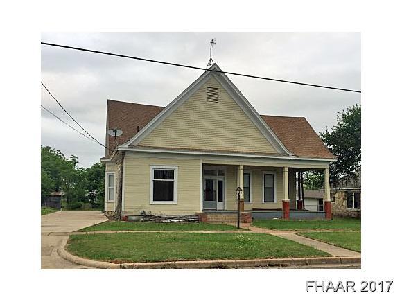 Photo of 1409 E Leon Street  Gatesville  TX