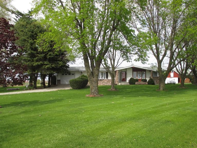 2.4 acres Mount Union, IA