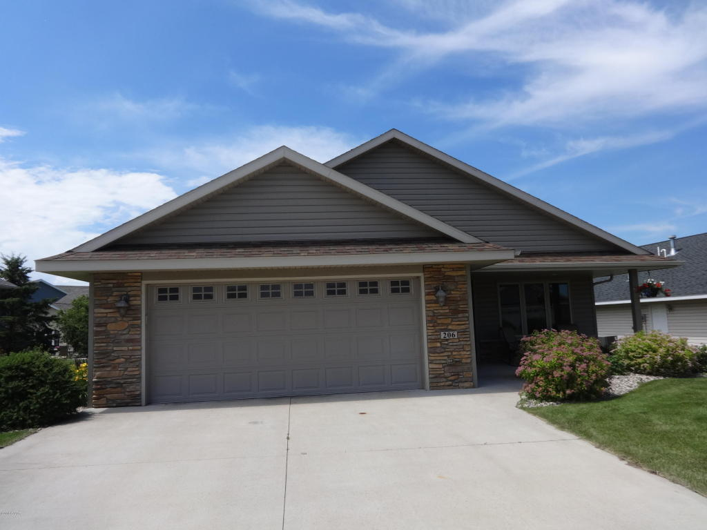 206 Ashley Ln, Alexandria, MN 56308