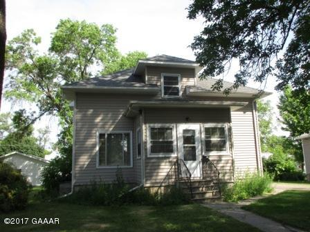 Photo of 409 8th Street  Morris  MN
