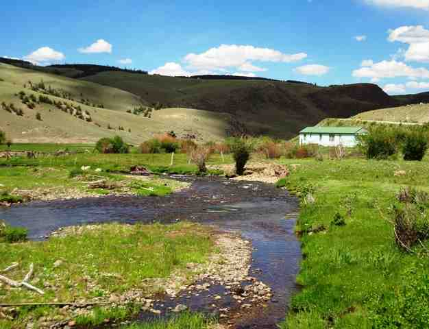 4.82 acres Powderhorn, CO