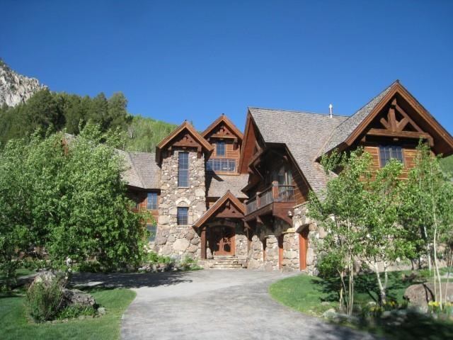 12 Garland Dr, Crested Butte, CO 81224