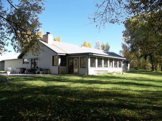 330 Apache Rd, Gunnison, CO 81230
