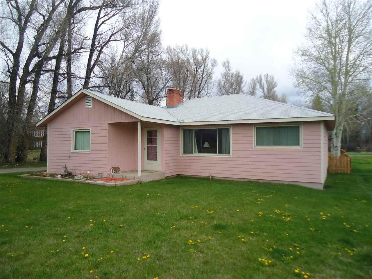 1511 W Tomichi Ave, Gunnison, CO 81230