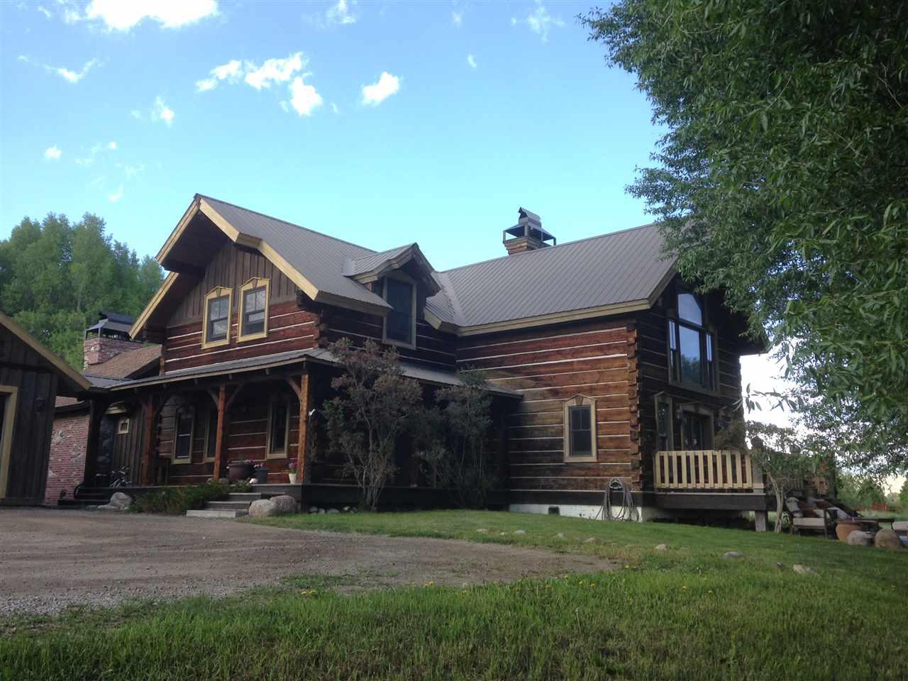 4.82 acres Gunnison, CO