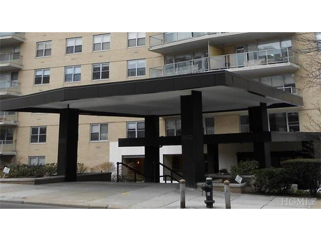 2500 Johnson Ave # UNIT: 8B, Bronx, NY 10463