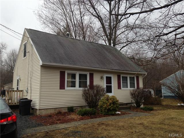 7 Lynmore Ave, Blooming Grove, NY 12577