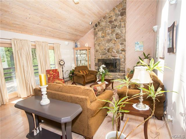 Real Estate for Sale, ListingId: 28234785, Cuddebackville,NY12729